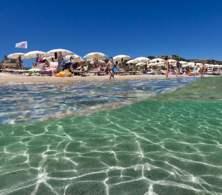 spiaggia sardegna mare trasparente
